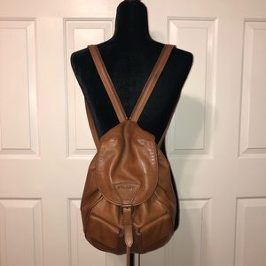 Trask genuine leather bucket bag. Color camel/tan